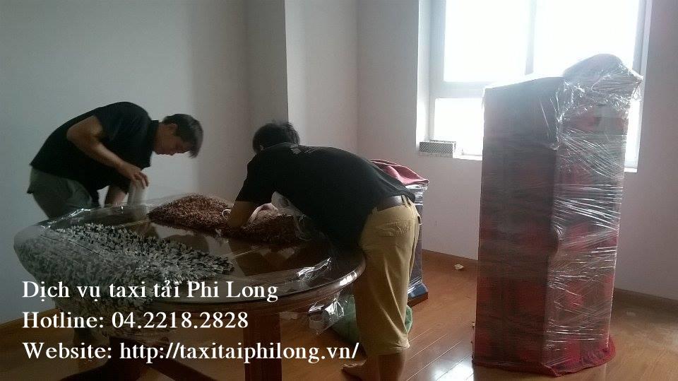 Dịch vụ taxi tải chuyên nghiệp tại phố Nguyễn Đình Hoàn