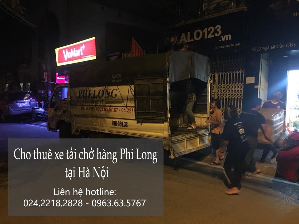 Chở hàng thuê bằng xe tải tại đường Giải Phòng